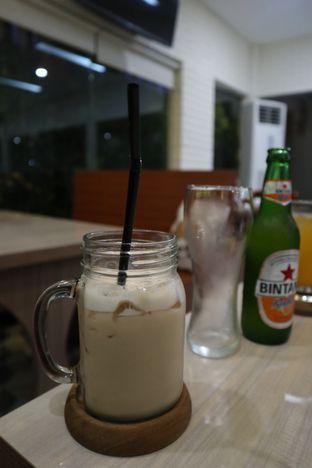 Foto 2 - Makanan di Yoloe Cafe and Resto oleh thehandsofcuisine