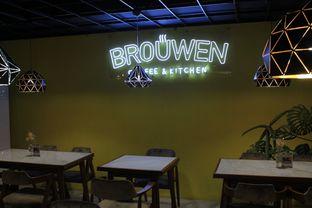 Foto 4 - Interior di Brouwen Coffee & Kitchen oleh Prido ZH