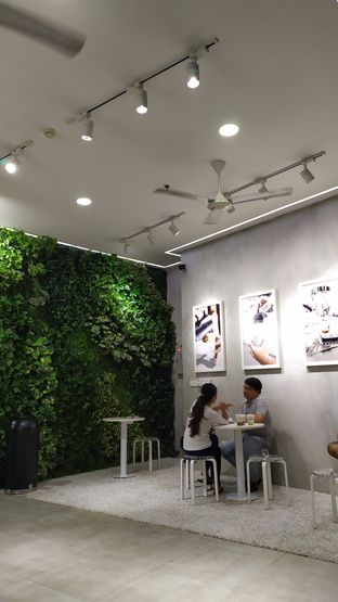 Foto 2 - Interior di Fore Coffee oleh arief Firmansyah