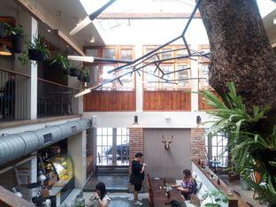 Foto 5 - Interior di Lucky Cat Coffee & Kitchen oleh Chris Chan