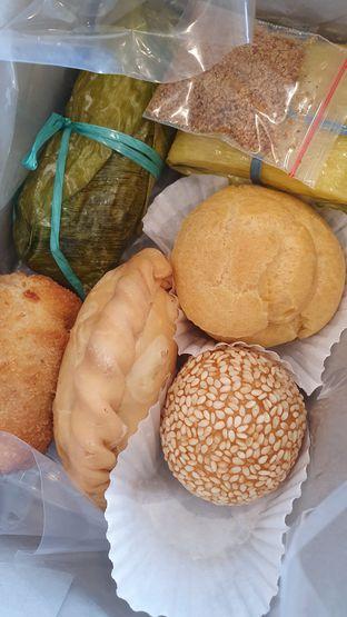 Foto 2 - Makanan di Dandy Co Bakery & Cafe oleh Naomi Suryabudhi