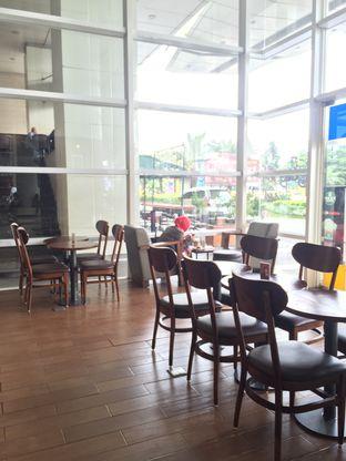 Foto 3 - Interior di Maxx Coffee oleh Prajna Mudita