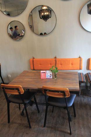 Foto 5 - Interior di Burns Cafe oleh Prido ZH