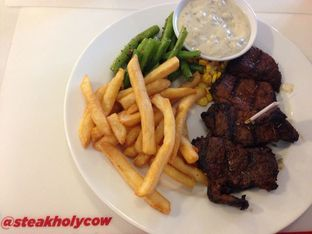 Foto 2 - Makanan di Steak Hotel by Holycow! oleh Review Dika & Opik (@go2dika)