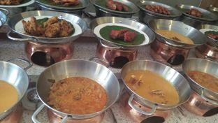 Foto 2 - Makanan di Nasi Kapau Uni Nailah oleh Review Dika & Opik (@go2dika)