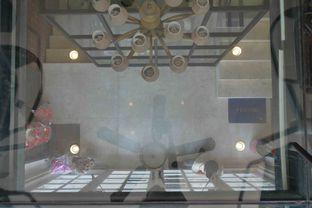 Foto 2 - Interior di Le Epicure Patisserie oleh Maria Irene