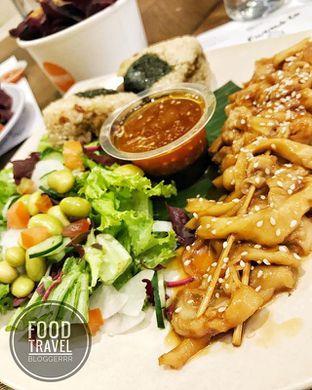 Foto 1 - Makanan di Burgreens Express oleh Julio Andre