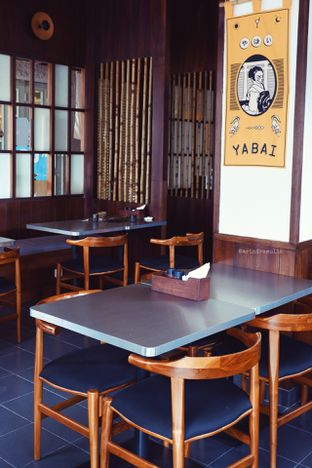 Foto 11 - Interior di Yabai Izakaya oleh Indra Mulia