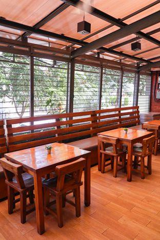 Foto 5 - Interior di Kadoya oleh thehandsofcuisine