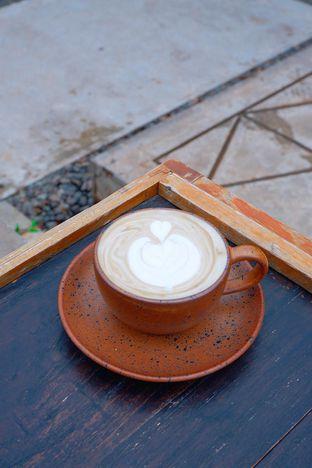 Foto review Titik Temu Coffee oleh yudistira ishak abrar 18