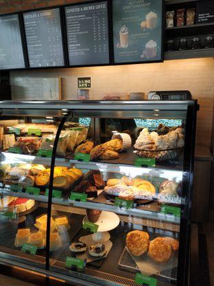Foto 10 - Makanan di Starbucks Coffee oleh yeli nurlena