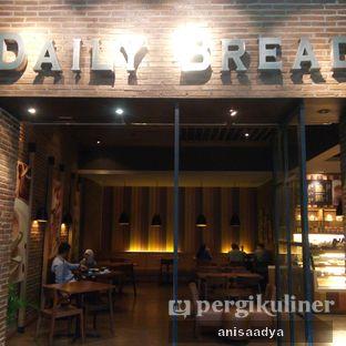 Foto 3 - Eksterior di Daily Bread Bakery Cafe oleh Anisa Adya
