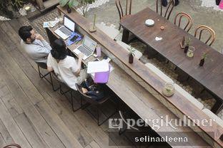 Foto 7 - Interior di Lucky Cat Coffee & Kitchen oleh Selina Lim