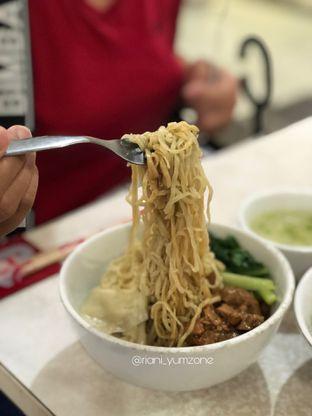 Foto 1 - Makanan di Bakso JWR oleh Riani Rin