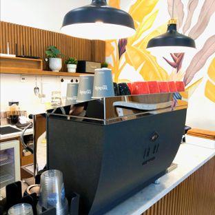 Foto 39 - Interior di Platon Coffee oleh duocicip