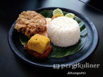 Foto Makanan di Warung Kopi Limarasa