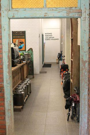 Foto 23 - Interior di Ragil Coffee & Roastery oleh Prido ZH