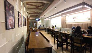 Foto 10 - Interior(Area Lt2) di De Mandailing Cafe N Eatery oleh Rinarinatok