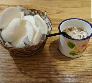 Foto 3 - Makanan di NamNam Noodle Bar oleh heiyika