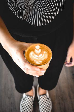 Foto review Lotu Coffee & Gelato oleh Desanggi  Ritzky Aditya 3