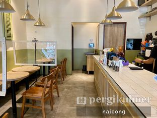 Foto 5 - Interior di Sedjenak Koffie En Eethuis oleh Icong