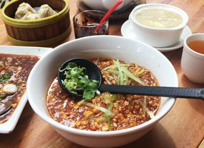 9 Restoran Chinese Food di Serpong yang Cocok Untuk Makan Bersama Keluarga