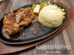 Foto 3 - Makanan di Steak 21 oleh UrsAndNic