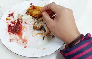 Foto 1 - Makanan(Messy but Delicious ) di RM Asli Laksana oleh Inggie Sulastianti