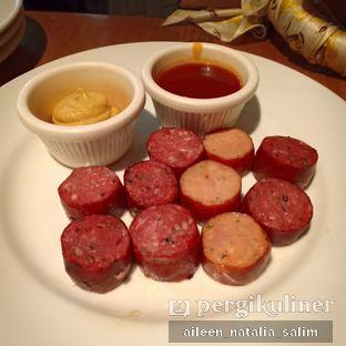 Foto 4 - Makanan(Fresh Sausage Platter) di Meat Me Steak House & Butchery oleh @NonikJajan
