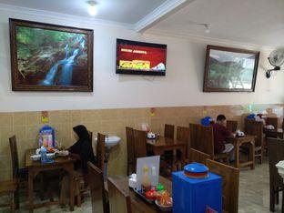 Foto 4 - Interior di Pondok Bakso Condong Raos oleh Rachmat Kartono