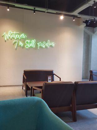 Foto 9 - Interior di Maketh Coffee & Eatery oleh Stallone Tjia (@Stallonation)