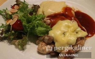 Foto 4 - Makanan di Hummingbird Eatery oleh UrsAndNic