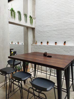 Foto 3 - Interior di Vallee Neuf Patisserie oleh Anne Yonathan