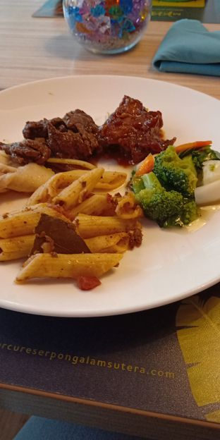 Foto 1 - Makanan di Mint & Pepper - Mercure Serpong Alam Sutera oleh @egabrielapriska