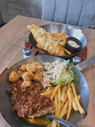 Foto - Makanan di Fish & Co. oleh @qluvfood