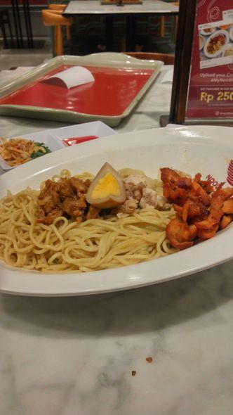 Foto Makanan di Noodle Town