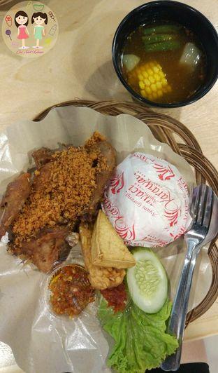 Foto 1 - Makanan di Ayam Goreng Karawaci oleh Jenny (@cici.adek.kuliner)