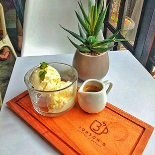 Foto 8 - Makanan(affogato) di Jonbon's Coffee & Eatery oleh duocicip