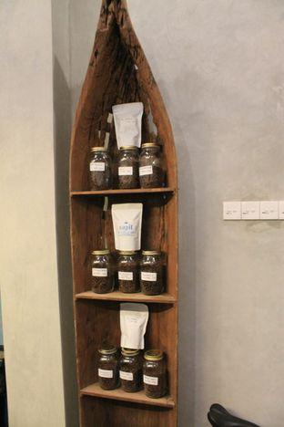 Foto 15 - Interior di Ragil Coffee & Roastery oleh Prido ZH