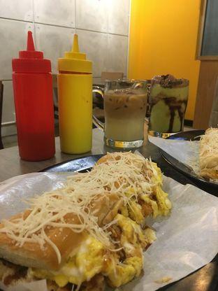 Foto review Kedai Roti Bule oleh Prido ZH 30