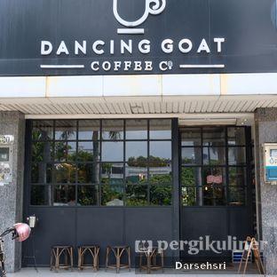 Foto 20 - Eksterior di Dancing Goat Coffee Co. oleh Darsehsri Handayani