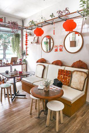 Foto 2 - Interior di Olive Tree House of Croissants oleh dini afiani