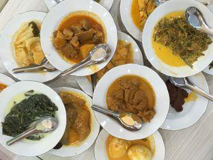 Foto 1 - Makanan di RM Indah Jaya Minang oleh Prajna Mudita