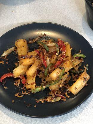 Foto 8 - Makanan di Oiio Bistro oleh Nanakoot