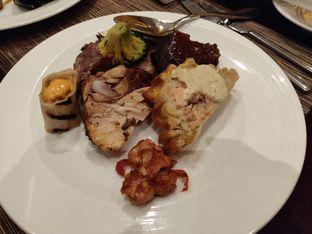 Foto 9 - Makanan di The Cafe - Hotel Mulia oleh Kevin Leonardi @makancengli