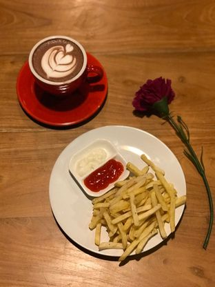 Foto 5 - Makanan di Kode-in Coffee & Eatery oleh yudistira ishak abrar