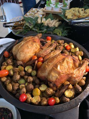 Foto 41 - Makanan di Canting Restaurant - Teraskita Hotel managed by Dafam oleh Mitha Komala