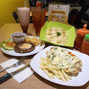 Foto review Dino Steak & Pasta House oleh Pinasthi K. Widhi 1