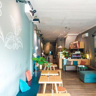 Foto 7 - Interior di Bhumi Coffee oleh duocicip