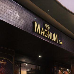 Foto 1 - Interior di Magnum Cafe oleh Steven Ngadiman